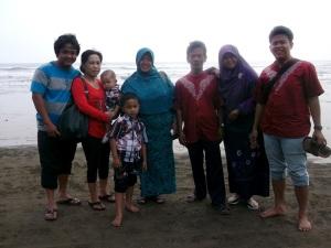 keluarga inti ayahanda Razali, SPd :)