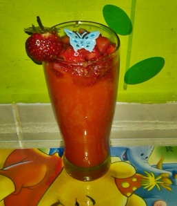 jus pepaya + potongan strawbery
